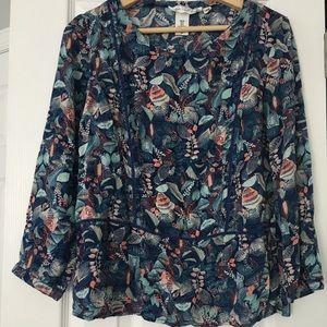 H&M's blouse